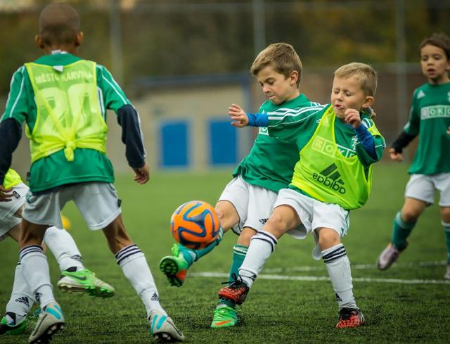 Особенности обучения юных футболистов через участие в соревнованиях