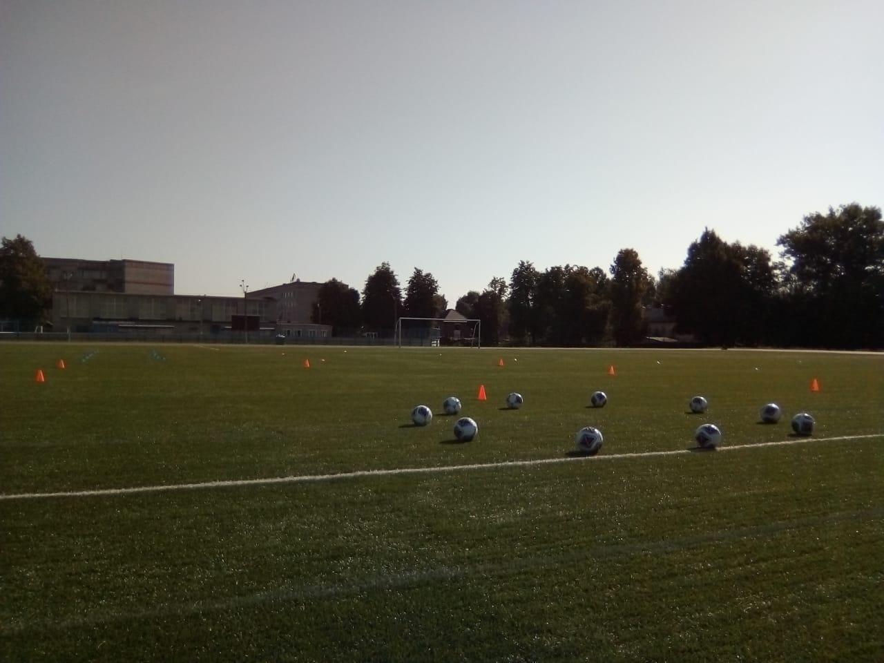 В Людиново прошли первые тренировки Академии футбола